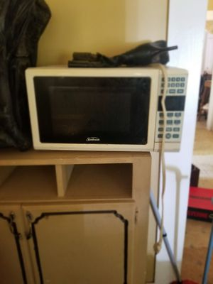 Sunbeam microwave for Sale in West Monroe, LA