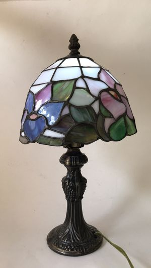 Tiffany style lamp for Sale in Beverly Hills, CA