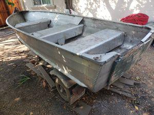 12 ft aluminum boat for Sale in Santa Clara, CA