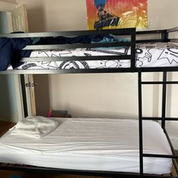Bunk Bed With 2 Mattresses: for Sale in Cleveland,  OH