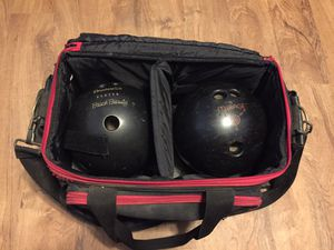 2 bowling balls with bag for Sale in AR, US