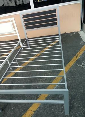 Metal bed frame for Sale in Commerce, CA