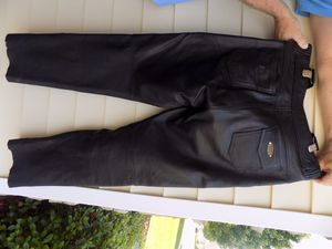 Joe Rocket motorcycle pants 34 waist//34-36 length zipper sides with snaps 4 pockets thick, comfortable and safety must have good condition for Sale in Arcade, GA