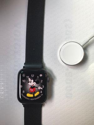 APPLE WATCH NIKE SERIES 4 40mm (GPS) for Sale in Seattle, WA