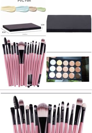 Contour brush and makeup set for Sale in Austin, TX
