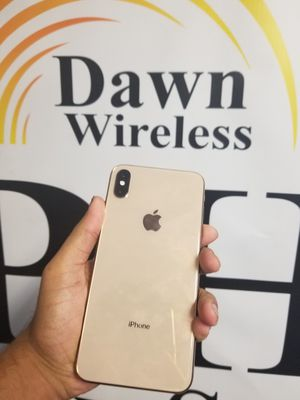 Xs max FACTORY UNLOCKED for Sale in Dallas, TX