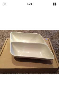 Longaberger Divided Wave Bowl- ivory for Sale in Warrenton,  VA