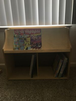 Children's book/magazine shelf for Sale in Fort Campbell, KY