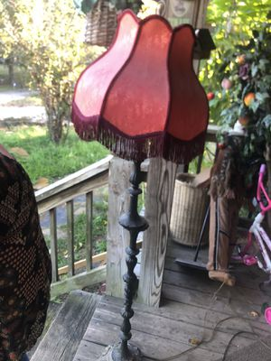 Antique lamps slight repair needed for Sale in Cleveland, TN