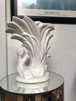 Vintage Cream Swan Vase for Sale in West Hollywood, CA