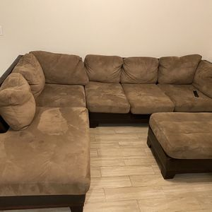 Brown L Shape Sofa for Sale in Houston, TX