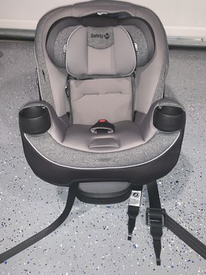 Car seat (safety 1st) for Sale in Milton, FL