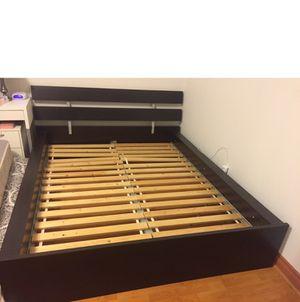King bed frame for Sale in La Puente, CA