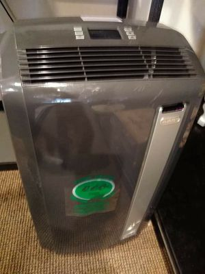 DeLonghi 12,500btu air conditioner for Sale in Modesto, CA