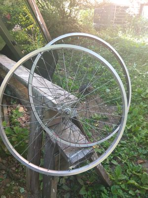 2 used bicycle wheels 26 x1.5 size for Sale in Takoma Park, MD