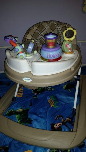 Safety First folding Winnie the Pooh Walker. PRICE REDUCED! for Sale in Largo, FL