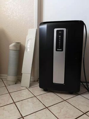 Haier Portable air conditioner 12000 BTU cooler for Sale in Diamond Bar, CA