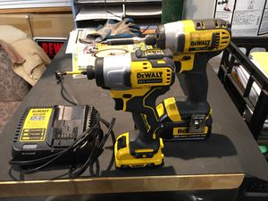 Dewalt impacts with charger for Sale in Auburn, WA