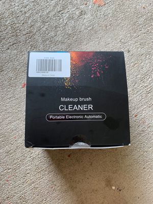 Makeup cleaner brush NEW for Sale in Katy, TX