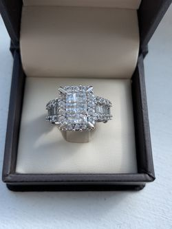 Gold Ring With 1.5 Carat Diamond's With Wedding Band -$1000 Size 5/6 Silver Diamond Ring 3 Caract Diamonds Size 5-8 $1500 for Sale in Hollywood,  FL