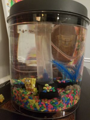 Fish tank with pump for Sale in Pineville, LA