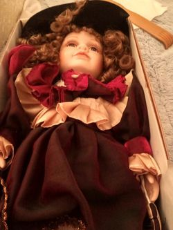 Collectable Antique Porcelain Dolls for Sale in Vancouver,  WA