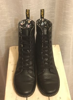 Dr Martens AirWair, black, women's 8 for Sale in Linden, VA