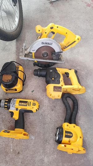4 dewalt 18 volt power tools with charger for Sale in Chula Vista, CA
