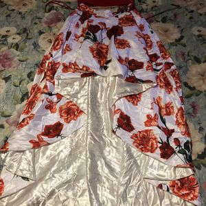 😍Beautiful 2 Piece Red And White Rose🌹 Prom Dress 💃 for Sale in Dayton, OH