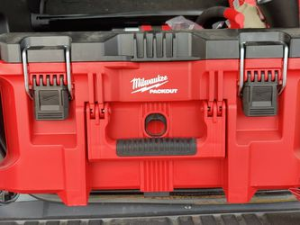 "Milwaukee Packout 22"" Large Tool Box for Sale in Sykesville,  MD"