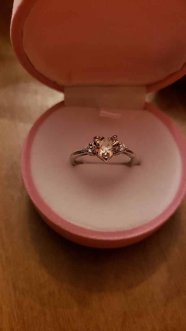 Ring sterling silver stamp 925 size 8 heart pink