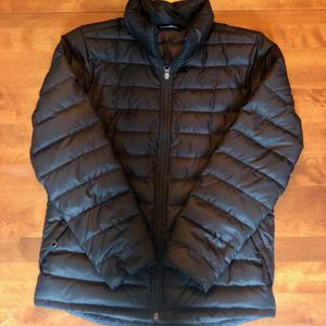 Boys 14-16 Black North Face ThermoBall coat. Worn only one season- like new! for Sale in Westerville, OH