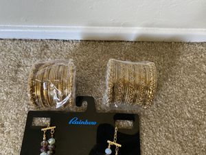 Ladies necklace and bracelet for Sale in Fremont, CA
