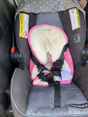 Graco car seat for Sale in Bakersfield, CA