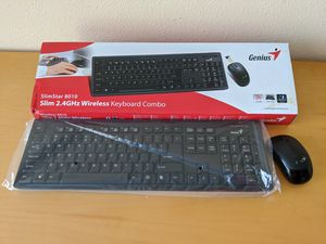 Wireless keyboard and mouse combo for Sale in Oakland Park, FL