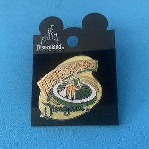 1998 Disneyland Flying Saucers Pin on card for Sale in Seal Beach, CA