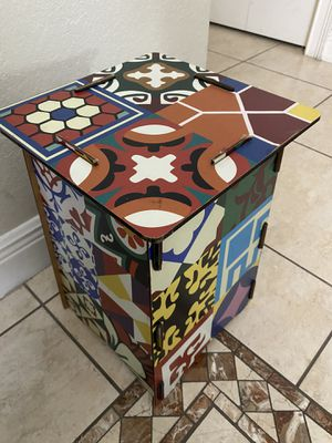 End table / Side table for Sale in Miami, FL
