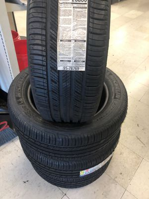 4 new tires 225 55 17 Michelin for Sale in Los Angeles, CA