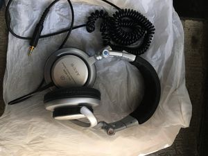 Sony MDR-V700DJ DJ-Style Monitor Series Headphones for Sale in Arlington Heights, IL