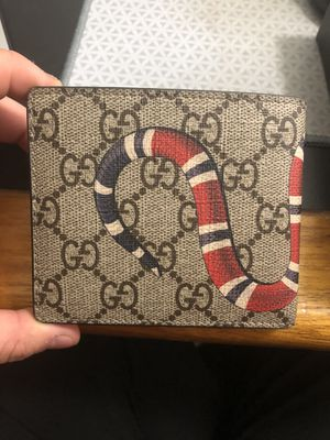 Gucci authentic snake wallet for Sale in Schaumburg, IL