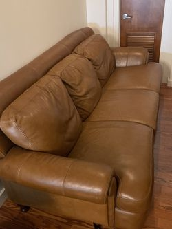 Italian Leather Couch - Divani By Chateau D'ax - Mocha Brown for Sale in Tampa,  FL