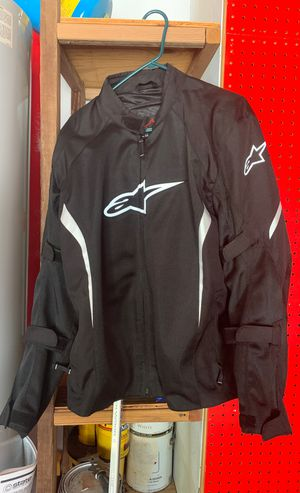 Alpine star's motorcycle jacket 2xl for Sale in Apex, NC
