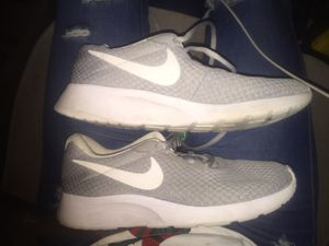 **Like new** Nike Women's size 6 athletic shoes for Sale in San Francisco, CA