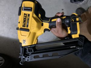 20V MAX/XR 16G finish nail gun for Sale in Bakersfield, CA