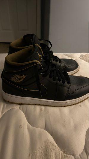 """Air Jordan 1 """"Black Metallic Gold"""" for Sale in Columbia, MO"""