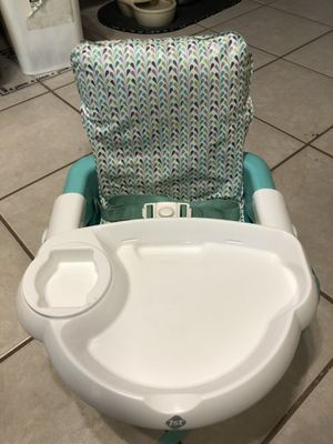Booster Seat for Sale in Palm Harbor, FL