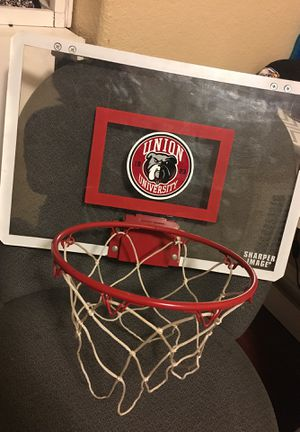 Basketball hoop for doors $20 don't have the ball for Sale in Moreno Valley, CA