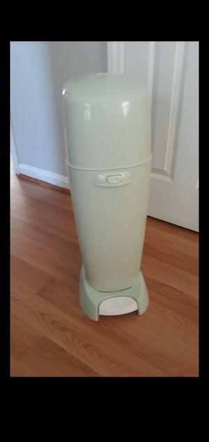 Genie diaper's disposal for Sale in Beltsville, MD