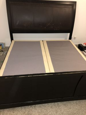 King Size Bed Frame and Box Spring for Sale in Naperville, IL