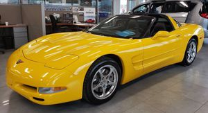 ~ ~ ~ 2002 Chevy Corvette Millennium Yellow ( 33K MILES!!! ) ~ ~ ~ for Sale in Mukwonago, WI